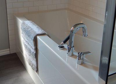bathtub-890561_640